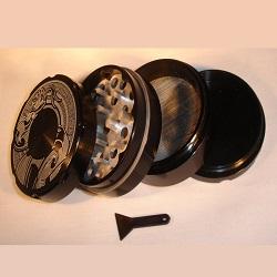 4-Part Sharp Tooth Metal Grinder with Snake Design